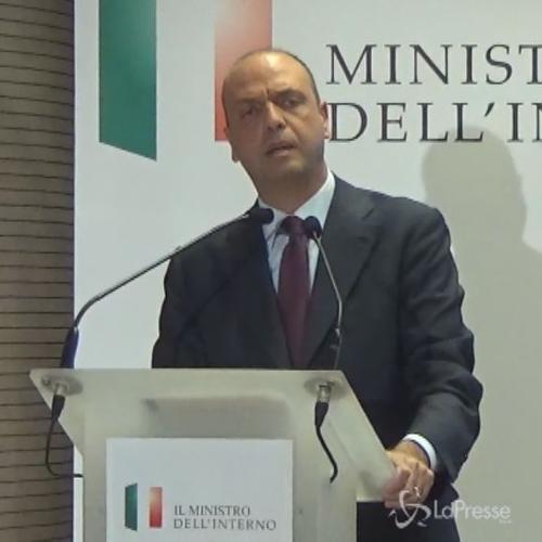 Immigrazione, Alfano: Con operazione Tritone risparmiano ...