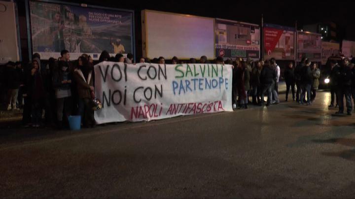 Regionali Campania, cori anti-Lega contro lista Noi con Salvini