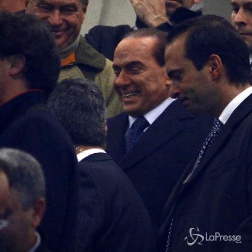 Berlusconi deluso vuole vendere Milan: Marchio svalutato. ...