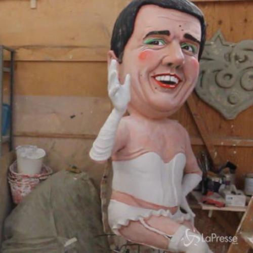 Viareggio si prepara per il carnevale: caricature dei ...
