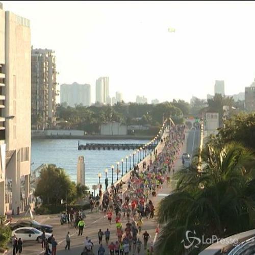 In più di 20mila alla maratona di Miami, spazio anche ai ...