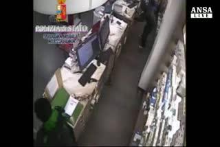 Alessandria, preso rapinatore in bicicletta