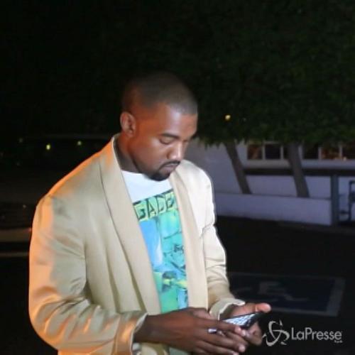 Kanye West insolitamente affabile scherzo con i paparazzi   ...