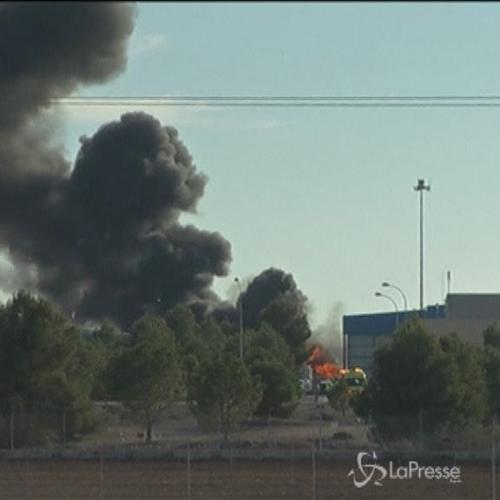 Caccia F16 cade su base Nato in Spagna: 10 morti, 2 ...