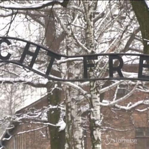 Shoah, ad Auschwitz i sopravvissuti allo sterminio nel ...