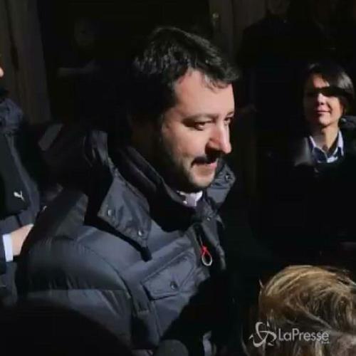 Salvini: Renzi non ascolta nessuno e perde pezzi, lo supereremo