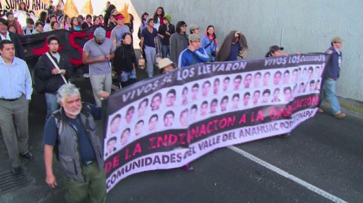 Messico: in corteo per la liberazione degli studenti ...