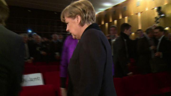 Shoah, Merkel: una vergogna gli insulti a ebrei o ...