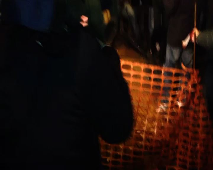 Quirinale, militanti M5s contestano i