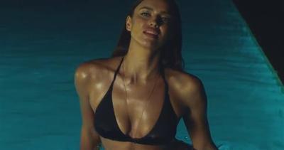 Irina Shayk in versione super hot per un video musicale     ...