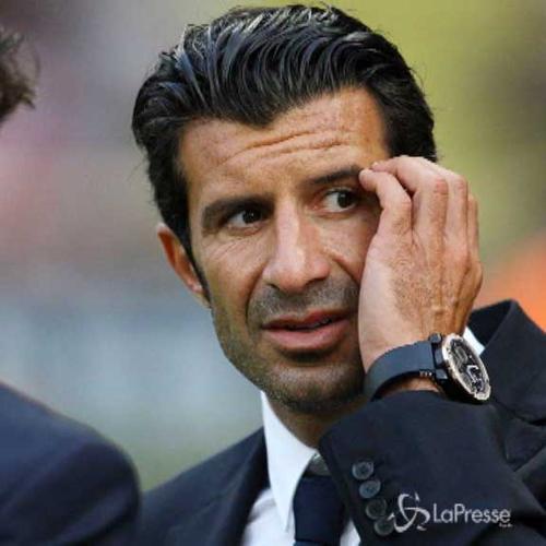Figo annuncia: Mi candido alla presidenza della Fifa
