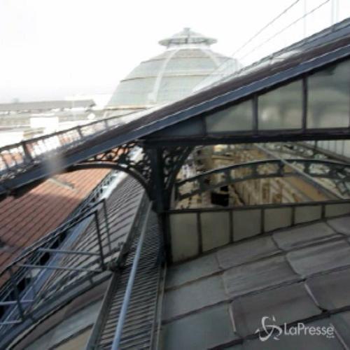 Sopralluogo sui tetti della galleria Vittorio Emanuele a ...