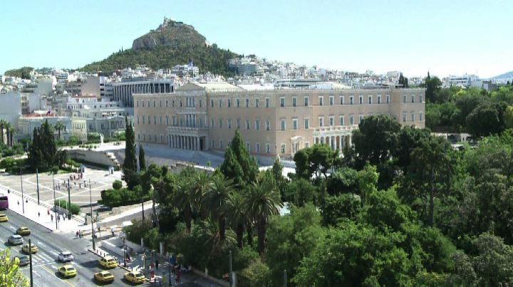 Grecia, Tsipras vuole soluzione equa, Berlino chiede ...