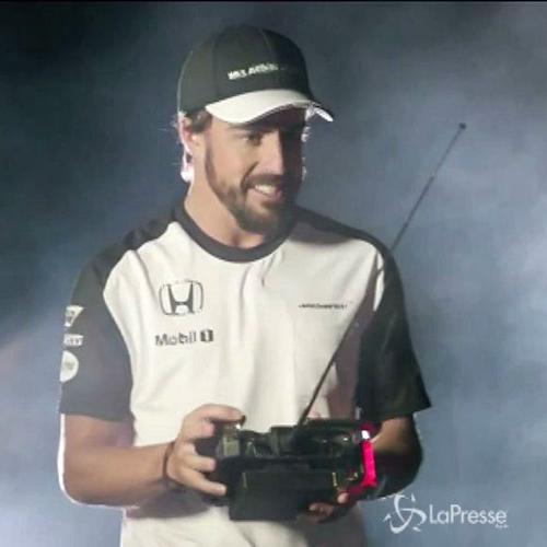McLaren svela nuova MP4-30. Alonso-Button in video-parodia ...