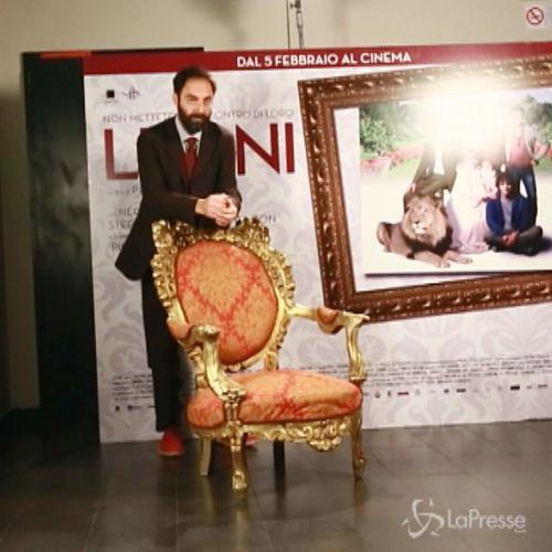 """Neri Marcorè 'in crisi' nel film """"Leoni"""" di Pietro ..."""
