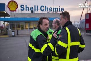 Shell prima big a pagare calo greggio, utili sotto stime    ...