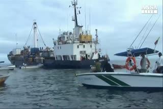 Macchia di petrolio minaccia le Galapagos