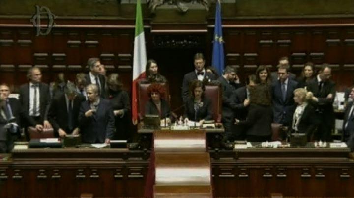 Boldrini: proclamo Mattarella presidente - Nude News