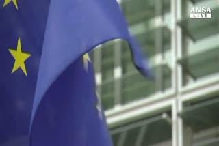 Ue promuove manovra Italia, ultimatum a Francia