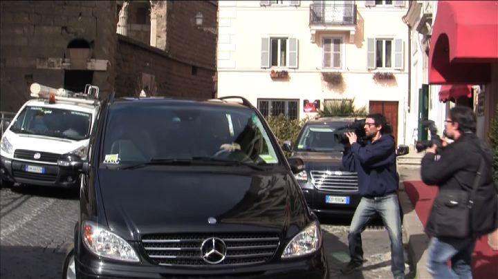 Grillo: Mattarella ci salvi da prevaricazione governo