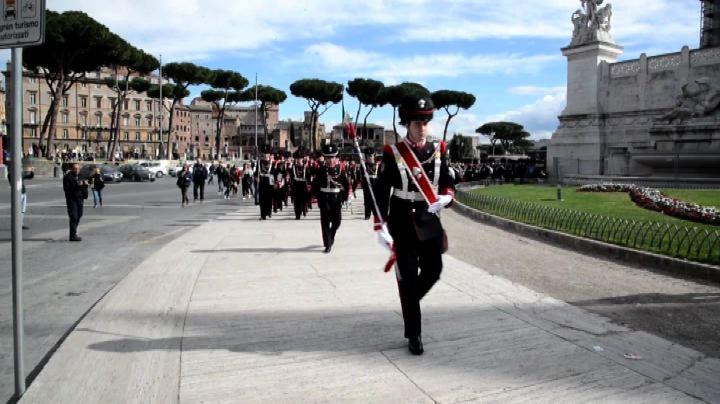 Generale Graziano lascia SME, corona al Milite Ignoto- Nude ...