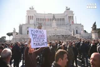 Manifestazione Ncc a Roma, traffico in tilt