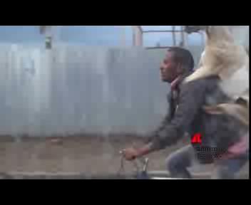 La capra che va in bici
