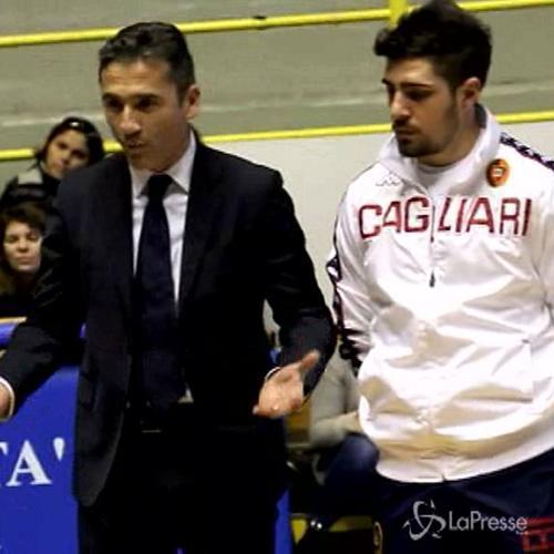 Cagliari, Marroccu e Balzano insegnano ai bambini il 'tifo ...