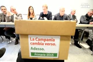 Primarie Campania, al voto tra i veleni