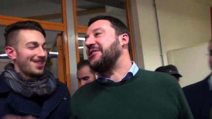"""Matteo Salvini imita Crozza: """"Tombini di ghisa"""" - Nude News ..."""