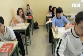 Martedi' riforma scuola, Giannini: 180mila assunti