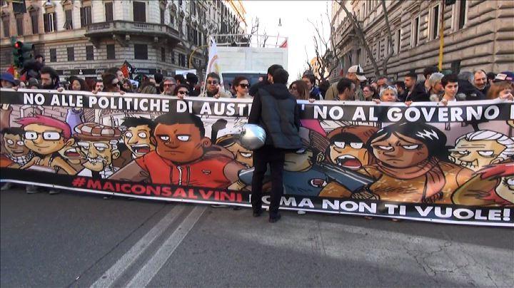 A Roma sfila il corteo anti-Lega: #MaiConSalvini - NudeNews ...