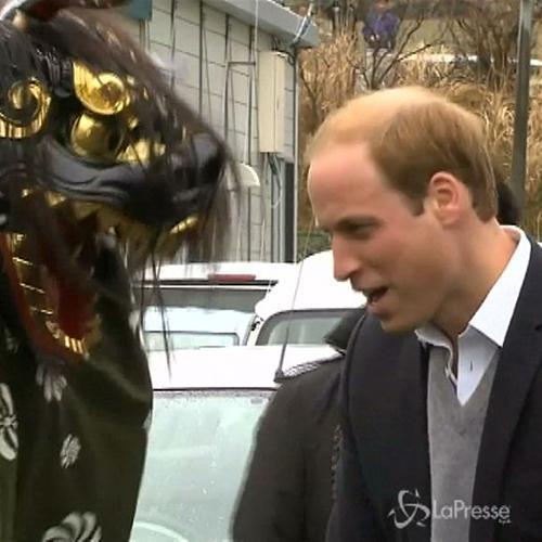 Il Principe William nei luoghi dello tsunami