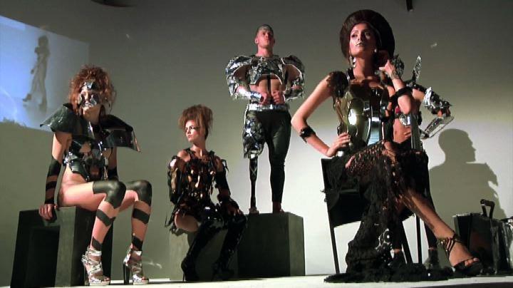La rivoluzione di Antonio Urzi a Milano: moda per i ...