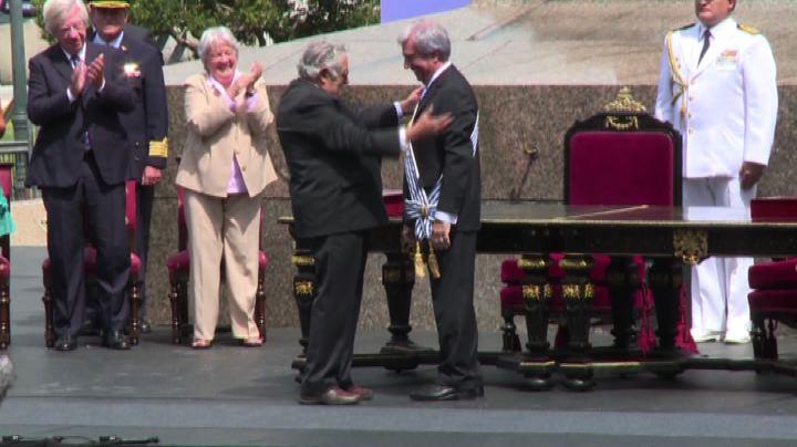 Ex guerrigliero Pepe Mujica cede a Vazquez la presidenza ...