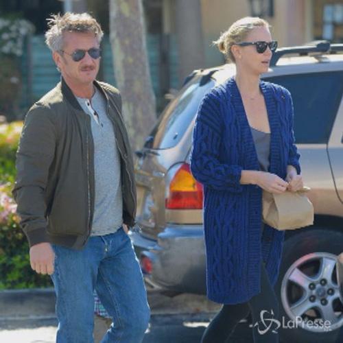 Charlize Theron e Sean Penn famiglia perfetta assieme al ...