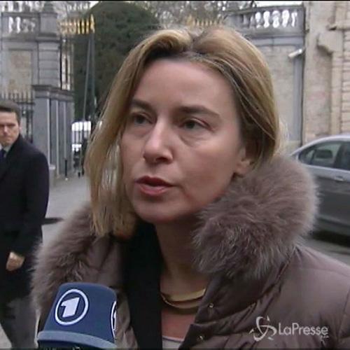 Conferenza su Ebola a Bruxelles. Mogherini: Epidemia non è ...