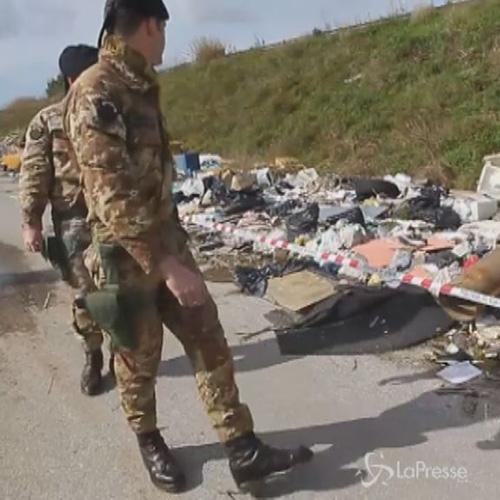 Terra dei fuochi: polizia sequestra tre aree a Giugliano in ...