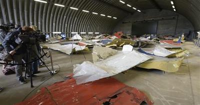 MH17 Malaysia Airlines: esposti i resti del volo