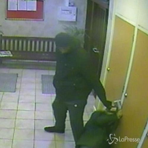 Londra, ladro ammette: ho picchiato 93enne per rubare 5 ...