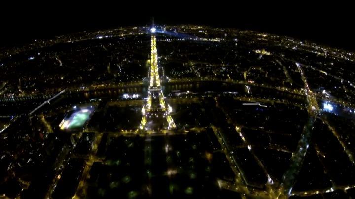 Parigi, continua il mistero dei droni: nuovi avvistamenti   ...