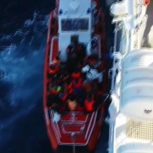 Nel Mediterraneo ancora strage di migranti, Amnesty ...