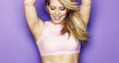 La sexy Hilary Duff non crede più nell'amore eterno
