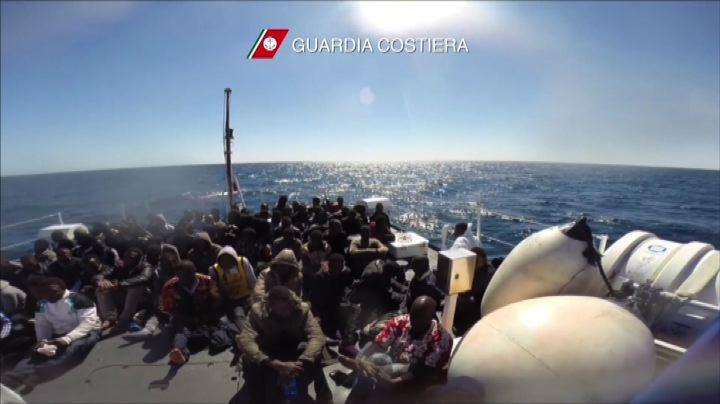 Nuova tragedia dell'immigrazione nel Canale di Sicilia, 10 ...