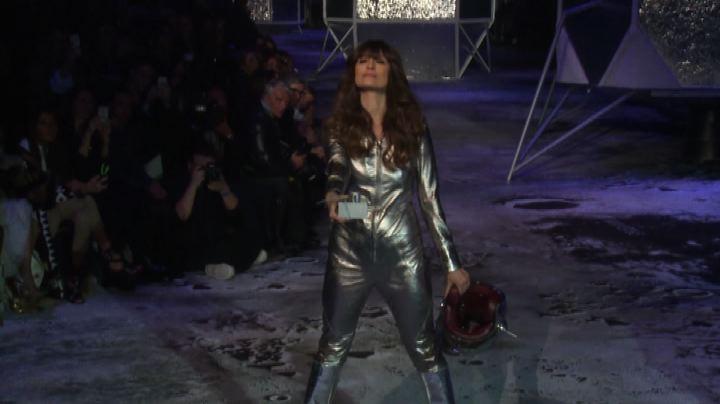 Moda, lo stile sporty futurista di H&M Studio - Nude News   ...
