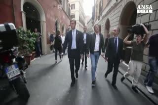 """Renzi: """"ora meno decreti, ma Boldrini fuori perimetro"""""""