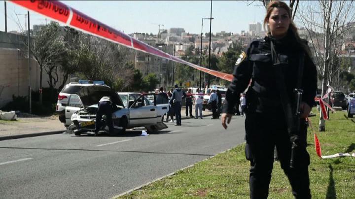 Terrore a Gerusalemme, si lancia con l'auto su passanti: 5 ...