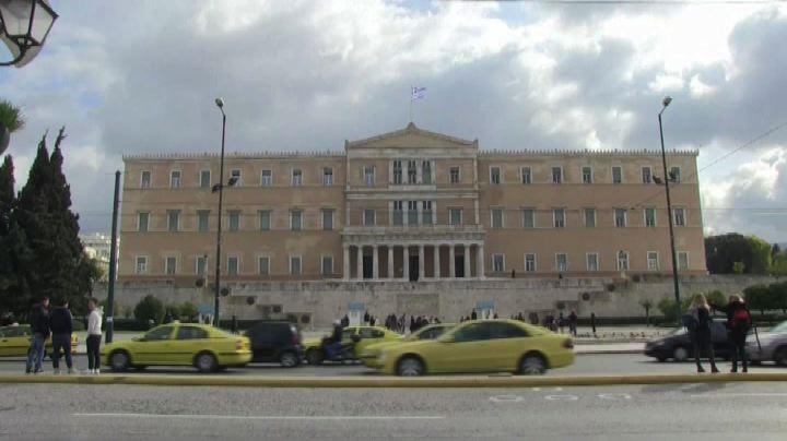 """Grecia, Tsipras attacca la Bce: """"Ci tiene la corda al ..."""
