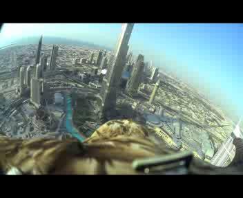Dubai vista dall'aquila