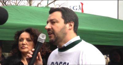 """Salvini a Prato: """"Noi diciamo prima i toscani, poi gli ..."""